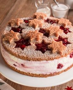 Sternenzauber-Torte Star magic cake recipes: A creamy cake with a baking mix and cherry groats for C Easy Smoothie Recipes, Snack Recipes, Snacks, Fall Desserts, Christmas Desserts, Christmas Cakes, Christmas Baking, Christmas Christmas, Christmas Recipes