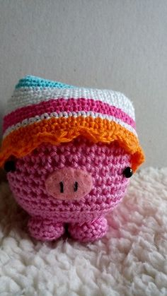Piglet with sleepinghat, pattern micropig by Studio Ami and hat by me