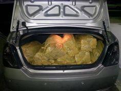 O Noticiario RN: Carro carregado com droga fura barreira da Rodoviá...