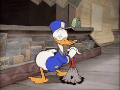 vintage cartoons gifs on WiffleGif Donald Disney, Disney Fan, Disney Duck, Disney Mickey, Walt Disney, Donald Duck Gif, Donald And Daisy Duck, Animated Cartoon Characters, Cartoon Gifs