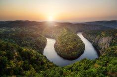 -- Czech Horseshoe -- - Contact: petrkubat@seznam.cz www.facebook.com/fotopetrkubat Rivers, Deep, Facebook, World, Places, Water, Outdoor, Gripe Water, Outdoors