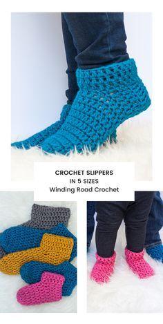 Crochet Socks Tutorial, Crochet Sock Pattern Free, Easy Crochet Slippers, Crochet Baby Socks, Crochet Slipper Boots, Knit Slippers Free Pattern, Slipper Socks, Crochet Patterns, How To Crochet Socks
