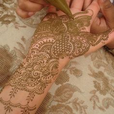Henna Hands Bridal Designs