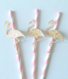 DIY Flamingo aus Glitzerpapier und Papierhalmen selbermachen