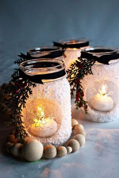 I'm thrilled that this season's Ball®️️ Keepsake Collectible Holiday Jar is an ode to the stunning snowflake! I decided that a fun way to use this fun collectible jar is to make snowflake lanterns that are perfect for dressing up your home for the winter Mason Jar Projects, Mason Jar Crafts, Mason Jar Diy, Crafts With Jars, Diy Christmas Decorations, Christmas Projects, Holiday Crafts, Candle Decorations, Christmas Centerpieces