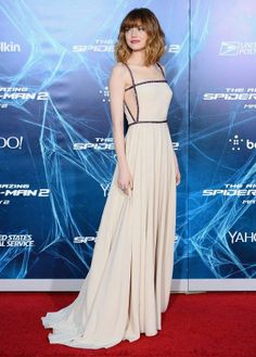 Hot Or Not? Emma Stone Goes Nude At The NYC The Amazing Spider-Man 2 Premiere photo 2