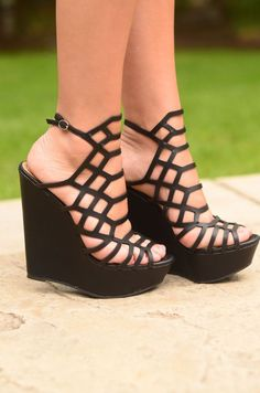 These heels are sure to have you looking like the hottest thing around! They have a gorgeous strappy pattern along with a platform wedge that's super sturdy! Throw these on with any outfit and steal t #platformpumpswedges
