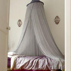 Lovely Undergrad Do-It-Yourself Bed Canopies & Hunter McAlpine (mcalpinemethod) on Pinterest