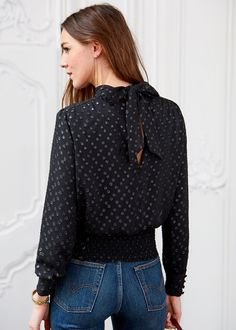 Blouse Eve - A Night Out  www.sezane.com #sezane #anightout #parisestunefete#parismonamour #morganesezalory #paris