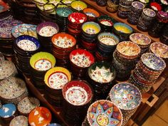 Need to go to some Bazars in Turkey! I love the Turkish porcelain, at the Grand Bazar (picture made by Liza de Laat)