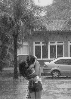 Boy Kissing Girl In The Rain. Palm tree. Car. lelove on photobucket