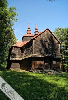 Będąc w Bystrem, warto zobaczyć także cerkiew w Moczarach. #Bieszczady #Moczary #cerkiew