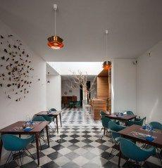 El Tragaluz Restaurant by Adolfo Pérez López | Yellowtrace