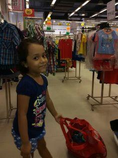 Pulling shopping bag