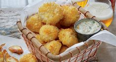Coated in a crunchy bread crumb topping and then baked, these delicious and crispy oven-fried scallops are a lighter and healthier take on classic fried scallops. Seafood Casserole Recipes, Seafood Recipes, Appetizer Recipes, Dinner Recipes, Crispy Oven Fries, Fries In The Oven, Fish Dishes, Seafood Dishes, Main Dishes