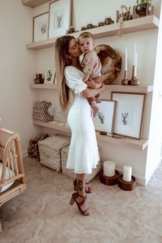 Mom And Baby, Baby Kids, Baby Boy, Cute Kids, Cute Babies, Mode Hippie, Cute Family, Family Goals, Fall Family