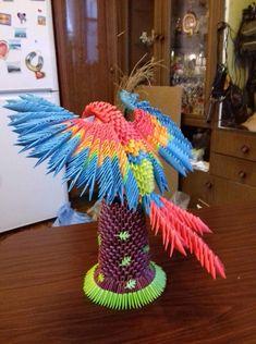Модульные оригами — Я учусь   OK.RU 3d Origami, Quilling, 3 D, Paper Crafts, Crafts To Make, Ornaments, Hands, Paper, Bedspreads