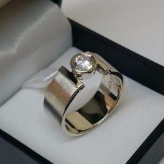 Breiter+925+Silberring+Kristallring+18,2+mm+SR152+von+Atelier+Regina++auf+DaWanda.com