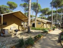Lodge Luxe  Accommodations for 4/5 or 6/7 persons #camping #costabrava