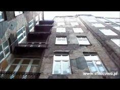 Krótki spacer filmowy po podwórkach i starych kamienicach na terenie Pragi Północ i Śródmieścia w Warszawie. Warto odwiedzić te miejsca, gdyż posiadają swoją charakterystyczną atmosferę. Warszawa to nie tylko miasto oszklonych wieżowców i pięknych zabytków. Praga ma swoją historię, architekturę i ciekawych mieszkańców.
