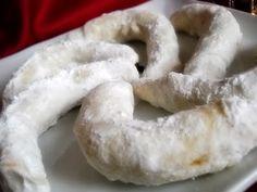 Cornulete Onion Rings, Dairy, Cheese, Ethnic Recipes, Food, Sweets, Essen, Meals, Yemek