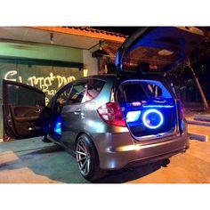 """ #ge8fitonly #ge8 #caraudio #hondajazz #honda #indonesiacarsociety #gettinlow #jazzrs #honda_territory #cilacap"" Photo taken by @prasphee on Instagram, pinned via the InstaPin iOS App! http://www.instapinapp.com (03/18/2015)"