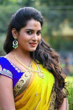Beautiful Bollywood Actress, Most Beautiful Indian Actress, Beautiful Actresses, Beauty Full Girl, Cute Beauty, Beauty Women, Beautiful Girl In India, Beautiful Girl Image, India Beauty