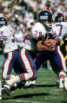 Larry Csonka spent three season with the NY Giants before ending his career with the Miami Dolphins Giants Players, Nfl Football Players, Best Football Team, Football Memes, Nfl Photos, Football Photos, Sports Images, Sports Photos, Football Uniforms