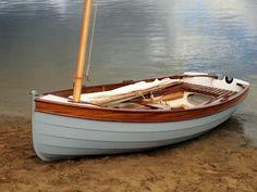 Clinker dinghy, 3.7 m in length