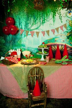 The Little Nook: Fairies and Gnomes and Gnomes Oh My! Would be a fun party! Garden Birthday, Fairy Birthday Party, First Birthday Parties, Birthday Kids, Third Birthday, Enchanted Forest Party, Fairytale Party, Enchanted Garden, Hansel Y Gretel