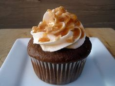 I love the Salted Toffee Latte at Starbucks, but I bet this is even better...Salted Caramel Cupcakes