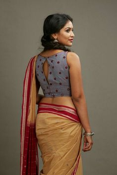 Please remove my sarhee.. get me down.. slide cock in my ass... fuck me in doggy style... fuck me Blouse Back Neck Designs, Sari Blouse Designs, Blouse Patterns, Neckline Designs, Choli Designs, Stylish Blouse Design, Saree Models, Fancy Sarees, Quites