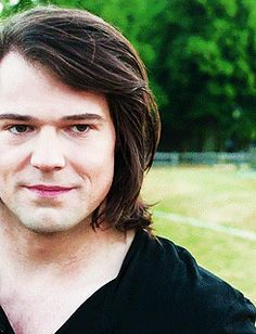 Danila kozlovsky as Dimitri Belikov. You cant se how perfect he is, unless you… Series Movies, Tv Series, Vampire Academy Rose, Zoey D, Dimitri Belikov, Danila Kozlovsky, Rose Hathaway, Perfect Boy, Star Wars