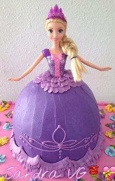 Doll Rapunzel cake