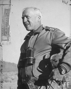 Gen George S Patton Jr observing troops during desert training maneuvers Military History, Military Memes, Military Weapons, Military Art, George Patton, Us Marines, United States Army, World War One, World History