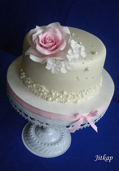 Narodeninové torty Cake Decorating With Fondant, Birthday Cake Decorating, Birthday Cake For Women Simple, Baby Birthday Cakes, Cakes For Women, Cake Business, New Cake, Rose Cake, Floral Cake