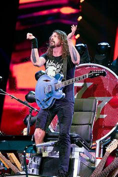 Dave Grohl; Ross Halfin
