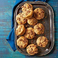 Healthy Apple-Streusel Muffins with flax and pecans