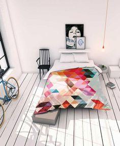 Une belle parure de lit graphique au style coloré et tendance.
