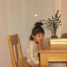 Cô bé Hàn Quốc với loạt biểu cảm đáng yêu xuất sắc này đang gây bão khắp mạng xã hội - Ảnh 4.
