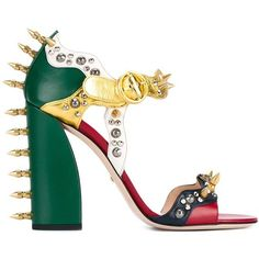 Gucci  studded leather sandals (3.505 BRL) ❤ liked on Polyvore featuring shoes, sandals, heels, gucci, sapato, strap sandals, green high heel sandals, high heel shoes, block heel shoes and leather strap sandals