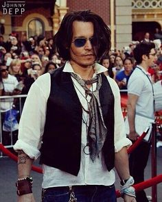 Johnny Depp Characters, The Hollywood Vampires, Johny Depp, Celebs, Celebrities, My Eyes, Sexy Men, Eye Candy, Handsome