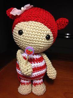 bambolina fragolina amigurumi doll