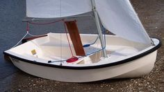 2013 Pennant Daysailer Power Boat For Sale -  2,900 10 ft. www.yachtworld.com