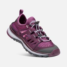 baa37ee469fed 8 Best Shoes images in 2018 | Hiking Boots, Run walk jog, Running