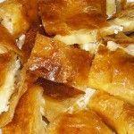 Μπουγάτσα με τυρί Greek Recipes, French Toast, Cooking, Breakfast, Food, Projects, Kitchen, Morning Coffee, Essen