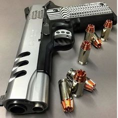 """S&W 1911 Performance with Two Tone in .45 ACP, 5"""" barrel - a very nice piece of Art.:"""