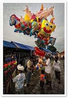Location ideas Market balloons