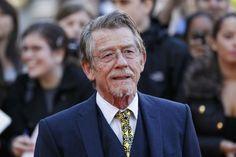 """Der legendäre britische Charakterdarsteller John Hurt (""""Der Elefantenmensch"""", """"Alien"""", """"Midnight Express"""") ist mit 77 Jahren anBauchspeicheldrüsenkrebs gestorben."""