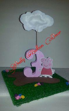 centros de mesa de peppa pig - Buscar con Google Peppa Pig Muddy Puddles, Birthday Parties, Pig Birthday, Pig Party, Ideas Para Fiestas, Party Time, Banner, Party Ideas, Google